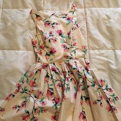 Dress Floral Lauren Conrad bridesmaid dress. Worn once. LC Lauren Conrad Dresses Midi