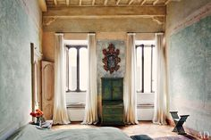 Katia and Marielle Labèque's Apartment and Studio in Rome; design by Axel Vervoordt; via Architectural Digest Architectural Digest, Rome Apartment, Rustic Apartment, Parisian Apartment, Apartment Layout, Apartment Interior, Apartment Living, Decor Interior Design, Home Design