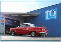Liebe AutoErlebniswelt Freunde, passend zu unserem Post vom Sonntag zum Thema H-Kennzeichen, hatten wir gestern einen wunderschönen '53er Chevy bei uns in der Prüfstelle zur TÜV-Prüfung. Diesen schönen Prüf-Moment, möchten wir mit Euch teilen. Viel Spaß dabei Euer Team der AutoErlebniswelt-Tü Taunus