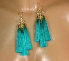 Chandeliers - Sea Green - Ohrringe mit Quasten, teal grün. - ein Designerstück von Krychna bei DaWanda
