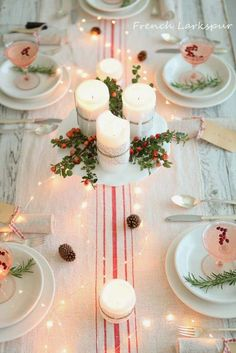holiday table decorating with burlap candles and greens | Image source: frenchlarkspur.blogspot.com
