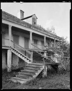 John the Baptist Parish, Louisiana, Greek Revival front steps Southern Plantation Homes, Southern Mansions, Plantation Houses, Southern Homes, Southern Style, Abandoned Plantations, Louisiana Plantations, Abandoned Mansions, Old Buildings
