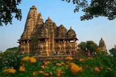Khajuraho Temples - erotica 600Km sud Agra