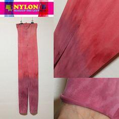 (나일론비 핸드메이드 디자인 스타킹) 지금 막 완성된 따끈따끈한 스타킹디자이너가 직접 수작업 디자인하는 80데니아 불투명 9부 레깅스-한정판!!  Since 2006. NylonB <Makeup The Legwear>  Designed by nylonb (Copyright 2016. NylonB all rights reserved.) 디자인 무단 복제 금지.  Messenger ID >> (kakaotalk, line) : nylonb (kakao yellow ID) : @ nylonb phone : 070.4411.4865  #shopping :  www.nylonb.com nylonb.modoo.at  #스타킹 #레깅스 #패션 #착용샷  #패션스타그램 #옷 #디자인 #모델 #レギンス  #디자이너 #김성훈 #나일론비 #パンチストキング  #염색 #pantyhose #stockings #ストッキング  #leggings #fashion #clothes  #dye #design…