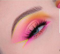 Gorgeous Makeup: Tips and Tricks With Eye Makeup and Eyeshadow – Makeup Design Ideas Makeup Eye Looks, Eye Makeup Art, Colorful Eye Makeup, Eye Makeup Tips, Makeup Inspo, Eyeshadow Makeup, Makeup Trends, 80s Makeup, Cute Makeup