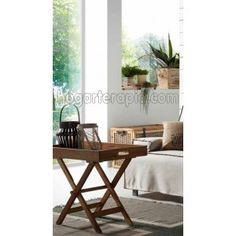 Mesa auxiliar plegable XTRAY de madera de teca. Siempre es bueno tener una pequeña mesa plegable para poder utilizarla cuando nos haga falta. El estilo tan natural de esta mesita la hace especialmente idonea para utilizarla en una terraza o en una habitación muy luminosa con plantas alrededor.  Las medidas son: 45 x 70 cm. de ancho y tiene una altura de 60 cm. Su peso es de 5,6 kg.