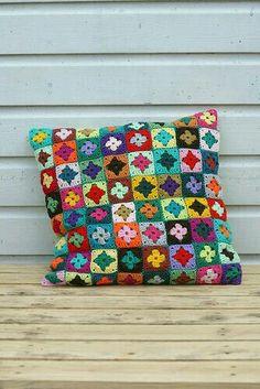 Transcendent Crochet a Solid Granny Square Ideas. Inconceivable Crochet a Solid Granny Square Ideas. Crochet Diy, Crochet Motifs, Manta Crochet, Crochet Home, Love Crochet, Irish Crochet, Crochet Crafts, Crochet Projects, Crochet Patterns
