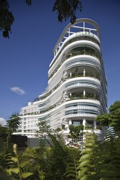 Solaris Fusionopolis 2B, One North, Singapore / TR Hamzah and Yeang