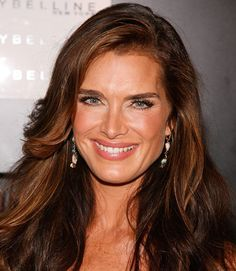 Want volume and bounce like Brooke Shields'? Just use these simple blowout tips for an A+ finish every time.  - GoodHousekeeping.com