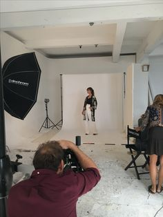 Behind the scenes of our SS18 photo shoot.