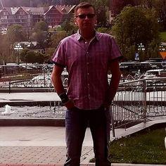 Mariusz Bedonski (@dochod.pasywny.surwiwal21wieku) • Zdjęcia i filmy na Instagramie Button Down Shirt, Men Casual, Instagram Posts, Mens Tops, Shirts, Fashion, Fotografia, Moda, Casual Male Fashion