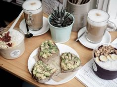 Best Acaí Bowl in Vienna: Superfood Deli Superfood, Deli, Vienna, Avocado Toast, Acai Bowl, Breakfast, Essen, Acai Berry Bowl, Morning Coffee