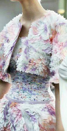 Chanel Haute Couture * Spring 2014 www.bibleforfashion.com/blog #bibleforfashion