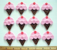Fondant cupcake toppers- divine!