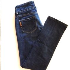 """Paige 'Hidden Hills' jeans Dark wash cropped ankle jeans by Paige. Lightly worn and in great condition. No holes. 27"""" inseam with 8"""" rise. Paige Jeans Jeans Ankle & Cropped"""