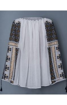 Romanian hand embroidered blouses - Romanian peasant blouses for sale. Peasant Blouse, Embroidered Blouse, Boho Shorts, Blouses, Women, Style, Fashion, Swag, Moda