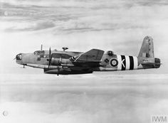 """hms-exeter: """" Vickers Warwick ASR Mk I of No. 282 Squadron RAF based at St Eval, Cornwall. She is carrying the short Mk IA Lifeboat. Aircraft Photos, Ww2 Aircraft, Military Aircraft, Wellington Bomber, Raf Bases, Air Force Bomber, Heavy Cruiser, Ww2 Planes, Royal Air Force"""