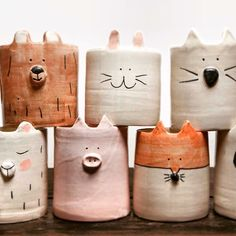 Töpfern, Tiertöpfe, Töpferinspiration Best Picture For Clay Pottery owl For Your Taste You are looking for something, and it is going to tell you exactly w Ceramics Projects, Clay Projects, Clay Crafts, Slab Pottery, Ceramic Pottery, Pottery Art, Pottery Painting, Cerámica Ideas, Pottery Animals