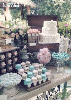 www.kamalion.com.mx - Mesa de Dulces / Candy Bar / Postres / Evento / Rosa & Menta / Mint & Pink / Vintage / Rustic Decor / Mesa de Dulces / Dessert. Dessert Buffet, Dessert Bars, Dessert Tables, Vintage Candy, Vintage Decor, Pink Vintage, Candy Table, Candy Buffet, Wedding Cake Alternatives
