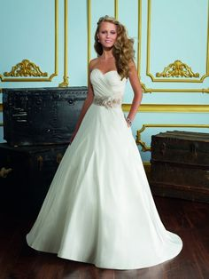 BEAUTIFUL TRADITIONAL TAFFETA SWEETHEART BEADED SASH WITH REMOVABLE FLOWERS WEDDING DRESSES ML6726