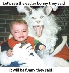 Creepy Vintage Easter Bunny Is The Stuff Of Nightmares (PHOTO) laughing so hard! Vintage Bizarre, Creepy Vintage, Funny Vintage, Funny Easter Pictures, Funny Photos, Awkward Photos, Creepy Pictures, Easter Funny, Creepy Images