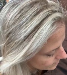 Blonde hair like real, The cold color type is characterized by olive and pinkish undertones, a porcelain skin tone and an aristocratic ivory tone. Grey Hair Wig, Grey Blonde Hair, Dark Grey Hair, Silver Grey Hair, Lace Hair, Light Brown Hair, Blonde Color, Red Hair, Grey Hair With Bangs