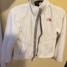 North face coat White furry warn north face jacket size small North Face Jackets & Coats Utility Jackets