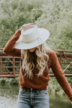Stylish Straw Hat Looks for Summer You Should Copy - Geisha Outfits With Hats, Fall Outfits, Summer Outfits, Cute Outfits, Stylish Outfits, Beautiful Outfits, Unique Outfits, Fashion Beauty, Womens Fashion