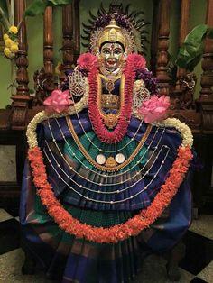 Diy Diwali Decorations, Festival Decorations, Beautiful Rangoli Designs, Kolam Designs, Gauri Decoration, Kalash Decoration, Pooja Room Door Design, Hindu Rituals, Lakshmi Images