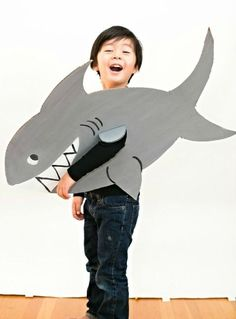 10 halloween costumes made of cardboard - Halloween Costume Shark