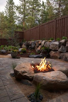 Paver Patio & Gas fire pit in Northwest Bend, Oregon. Paver Patio & Gas fire pit i Fire Pit Backyard, Backyard Patio, Backyard Landscaping, Pergola Patio, Pergola Kits, Landscaping Design, Backyard Seating, Rustic Backyard, Backyard Fireplace