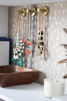 Loving this closet makeover! Awesome ideas, especially for jewelry storage!