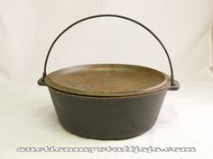Vintage Antique Cast Iron Dutch Oven Cook | eBay Dutch Oven Cooking, Cast Iron Dutch Oven, Vintage Antiques, Farmhouse Decor, Cabinets, Ebay, Armoires, Fitted Wardrobes, Lockers