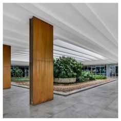 Oscar Niemeyer - Palácio do Itamaraty [Brasilia, 1970]
