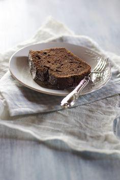 Ricotta & Dark Chocolate Cake by emikodavies #Cake #Chocolate #Ricotta