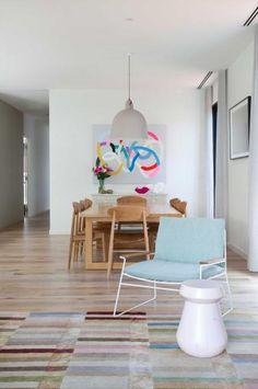 living-room-colourful-rug-Romy Dankner-home