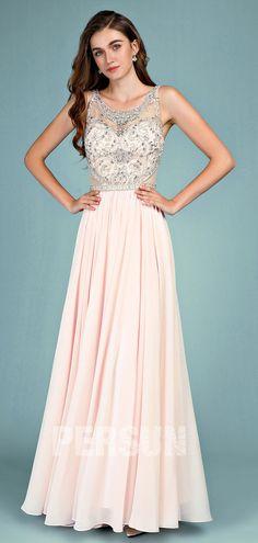 98f92808151 Robe de soirée rose nude longue haut embelli de bijoux jeu transparent