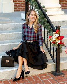 J's Everyday Fashion provides outfit ideas, budget fashion, shopping on a budget, personal style inspiration, and tips on what to wear. Holiday Fashion, Holiday Outfits, New Outfits, Summer Outfits, Cute Outfits, Js Everyday Fashion, Budget Fashion, Outfit Posts, Passion For Fashion