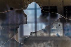 smashed Framing Photography, Textiles, Frame, Glass, Artwork, Work Of Art, Drinkware, Frames, Glas