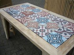 Pin by Monica Moren on decorando muebles in 2020 Tile Patio Table, Tile Tables, Restaurant Furniture, Restaurant Tables, Home Decor Furniture, Cool Furniture, Diy Bedroom Decor, Diy Home Decor, Outdoor Patio Designs