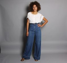 vintage 70s high waist levi's buckleback bell bottom jeans - rare wearable size medium!