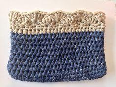 Este verano Katia nos trae WASHI, unas nuevas cintas para tejer bolsos tanto de ganchillo como de punto.   En su página web puedes encontra... Washi, Knit Crochet, Crochet Edgings, All You Need Is, Weaving, Throw Pillows, Knitting, Crocheting, Angeles