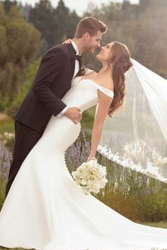 Our Wedding Dress Shopping Tips With Essense Of Australia wedding photos Our Wedding Dress Shopping Tips With Essense Of Australia Wedding Picture Poses, Romantic Wedding Photos, Wedding Couple Poses, Wedding Photography Poses, Elegant Wedding Dress, Designer Wedding Dresses, Dress Wedding, Romantic Weddings, Wedding Simple