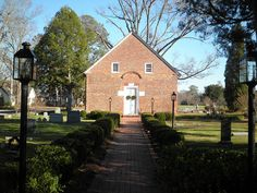 St. Thomas Epsicopal Church, Bath, NC, via Flickr.  Oldest church in North Carolina