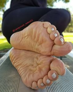 Beautiful soles in your face. | Sexy Feet, Toes, Shoes ...