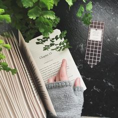 "1,059 lượt thích, 17 bình luận - SAMMY (@sammyreadsbooks) trên Instagram: ""I feel like I haven't spoken to you guys in so long Tell me about something that's been…"""