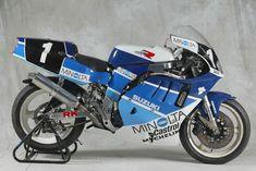 Photos: 33 Years of Suzuki Endurance Road Racing - Asphalt & Rubber Suzuki Motos, Suzuki Gsx R 750, Suzuki Bikes, Suzuki Motorcycle, Street Motorcycles, Racing Motorcycles, Vintage Motorcycles, Custom Motorcycles, Gsxr 750