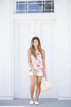 A Glimpse of Glam | Floral Top and Scallop Shorts. #scallop #scallopshorts #floral #floraltop