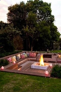 These fire pit ideas and designs will transform your backyard. Check out this list propane fire pit, gas fire pit, fire pit table and lowes fire pit of ways to update your outdoor fire pit ! Find 30 inspiring diy fire pit design ideas in this article. Backyard Seating, Backyard Patio, Outdoor Seating, Deck Seating, Garden Seating Areas, Pergola Patio, Desert Backyard, Backyard Playground, Modern Backyard