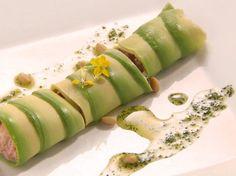 #Receta: Canelones de aguacate y salmón de María Roca http://www.gastronomiaycia.com/2014/09/14/canelones-de-aguacate-y-salmon-de-maria-roca/